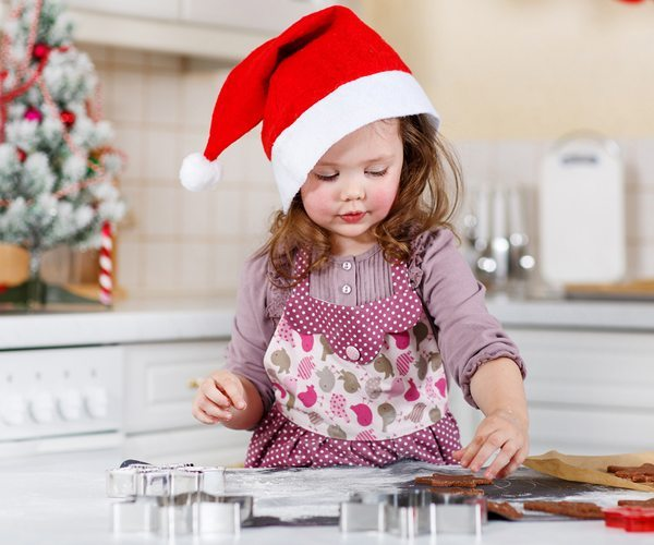10 Christmas Cookies Kids Can Help Make